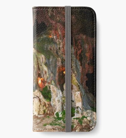 Arbecrombie Höhle iPhone Flip-Case