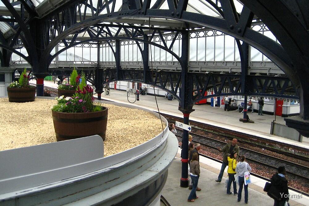 Stirling Station, Platform 3 by Yonmei