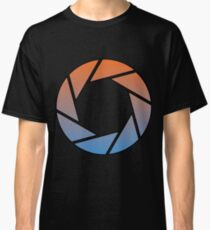 Portal- Aperture Science Gradient Classic T-Shirt