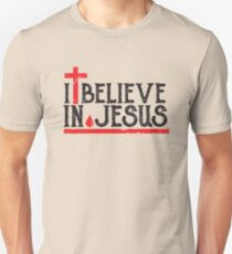 I believe in Jesus - Christian Faith Cross Blood  T-Shirt