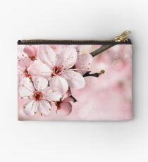 BLOOMING BLOSSOMS Studio Pouch