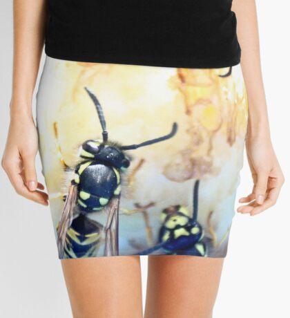 Feeding wasps Mini Skirt