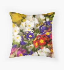 FLORAL ZOOM Throw Pillow