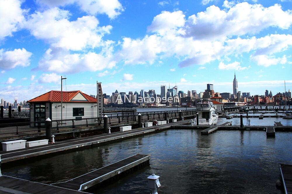 Marina overlooking Manhattan by ANJacobsen