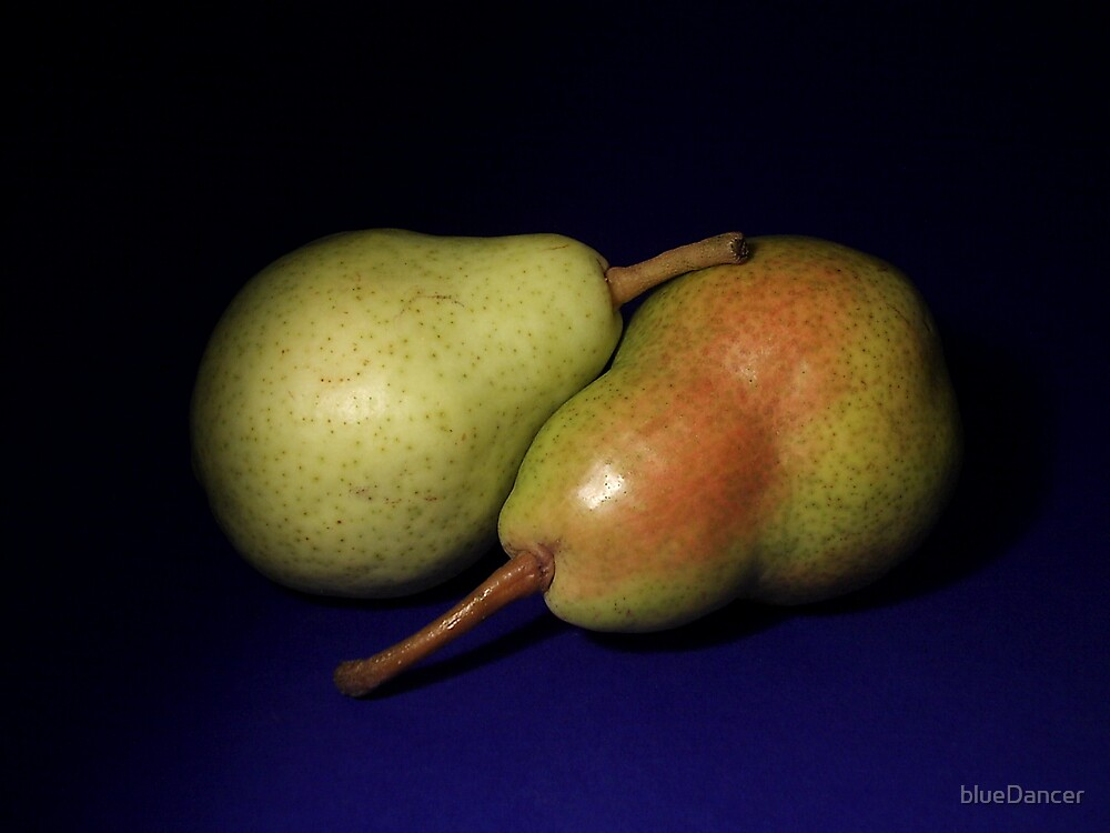 two pears by blueDancer