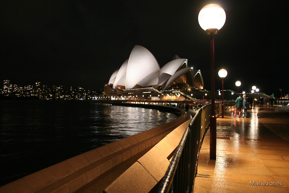 Sydney Opera House and its nightlife by MarieJones