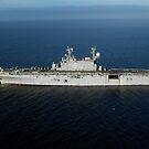 Amphibisches Sturmschiff USS Peleliu durchquert den Pazifischen Ozean. von StocktrekImages