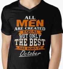 Men the best are born in October Men's V-Neck T-Shirt