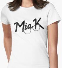 a glasses of mia T-Shirt