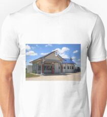 Route 66 - Odell Gas Station T-Shirt