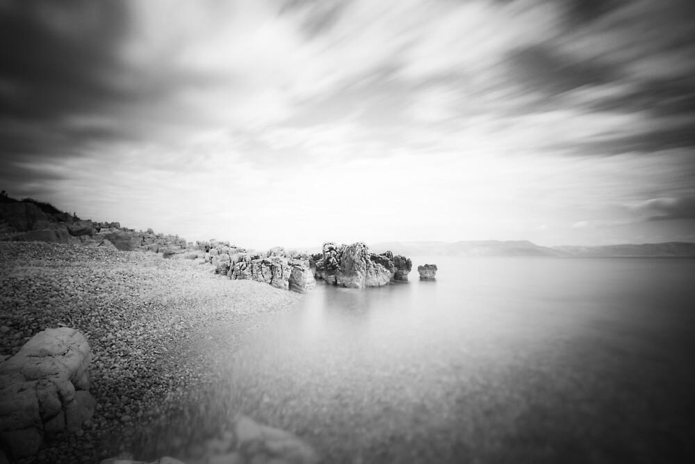 B&W long exposure of a beach in Rabac, Croatia by Patrik Lovrin