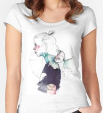 BETTA Women's Fitted Scoop T-Shirt