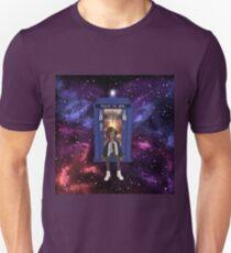 Bill Potts and the TARDIS T-Shirt