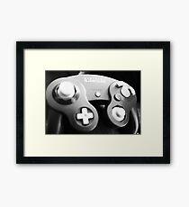 GAMECUBE CONTROLLER | RETRO FILTER Framed Print