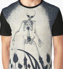 In Bellonae hortis Graphic T-Shirt