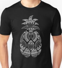 Ornate pineapple - inverted Unisex T-Shirt