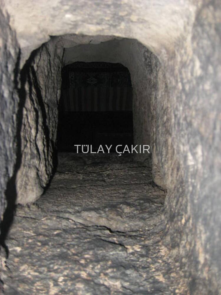 hole by tulay cakir