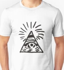 Illuminati Sign - Before the Storm - Life is Strange Slim Fit T-Shirt