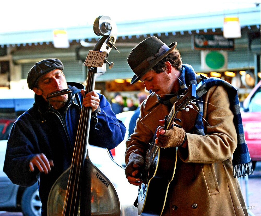 Pike's Place street performers by okasan