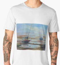 Segelboote bei Ebbe nahe Nelson, Neuseeland Men's Premium T-Shirt