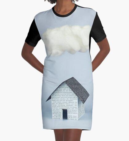 Eine Wolke über dem Haus T-Shirt Kleid