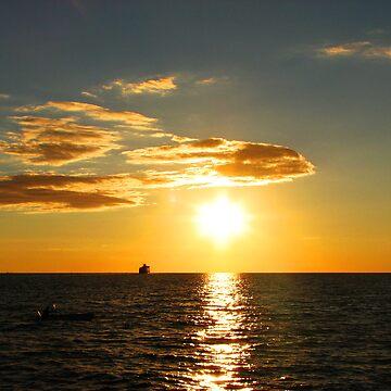 Sundown on Lake Michigan by beemer91
