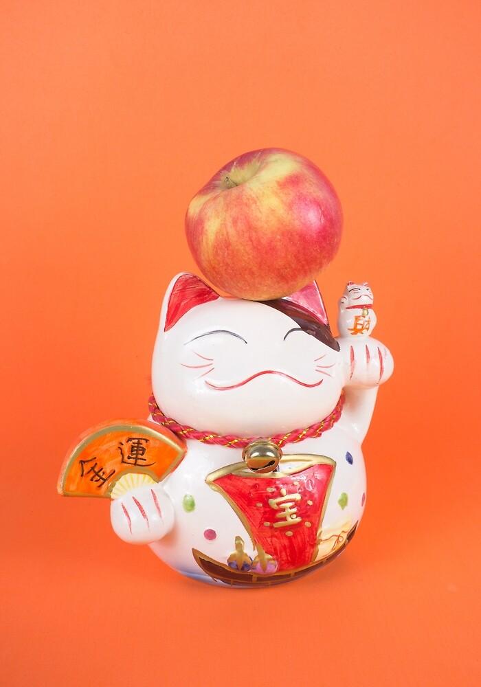 Maneki-neko with apple by dyadechko