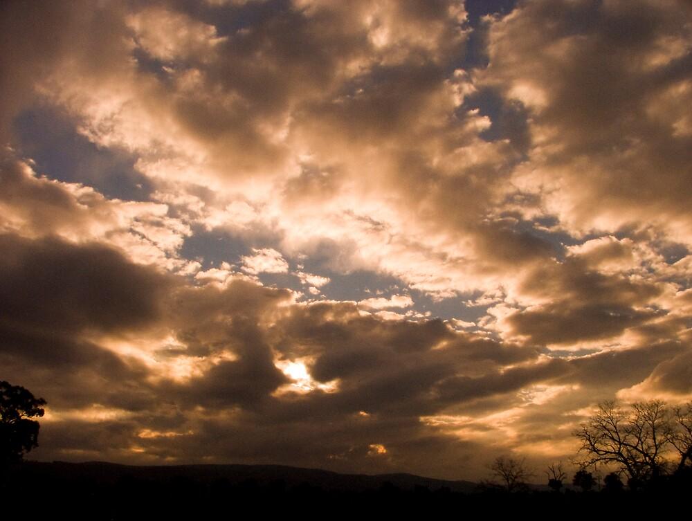 Sunset outside Wangaratta by Sadandal