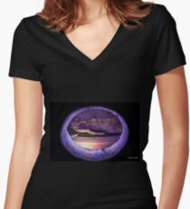 Creation Women's Fitted V-Neck T-Shirt