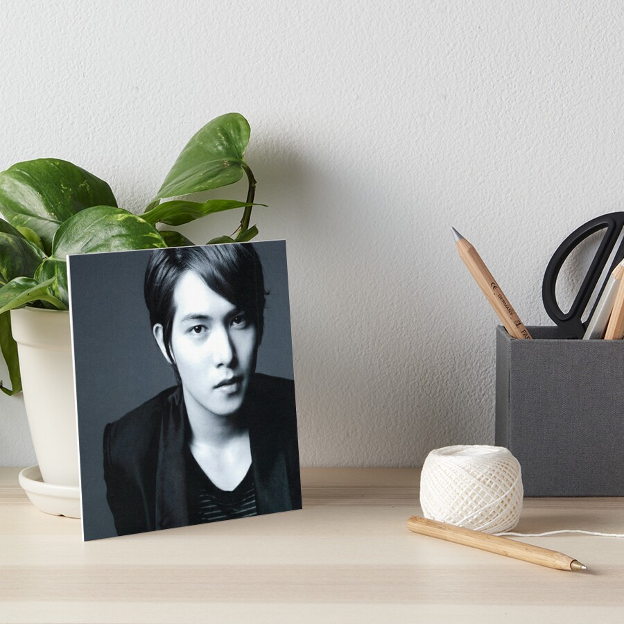 Lee Jong-hyun by MartinesMerch