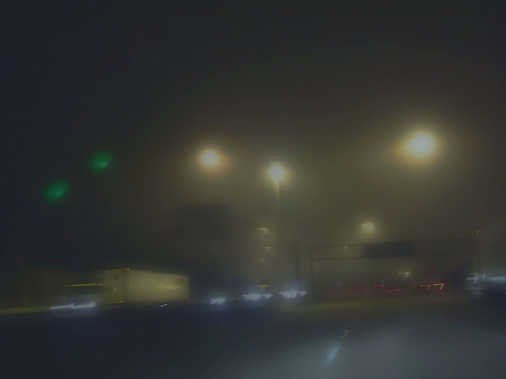 FOGGY WINDY CITY by Spiritinme