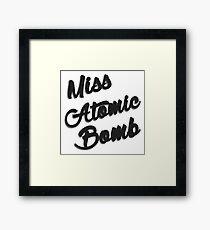 Fräulein Atombombe Gerahmter Kunstdruck