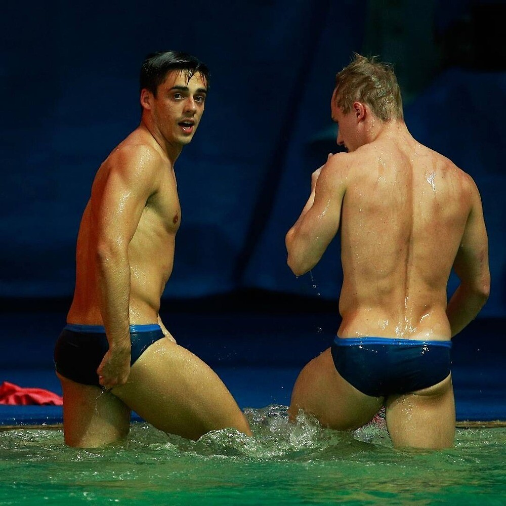 2 swimmers / 326093 by planete-livres