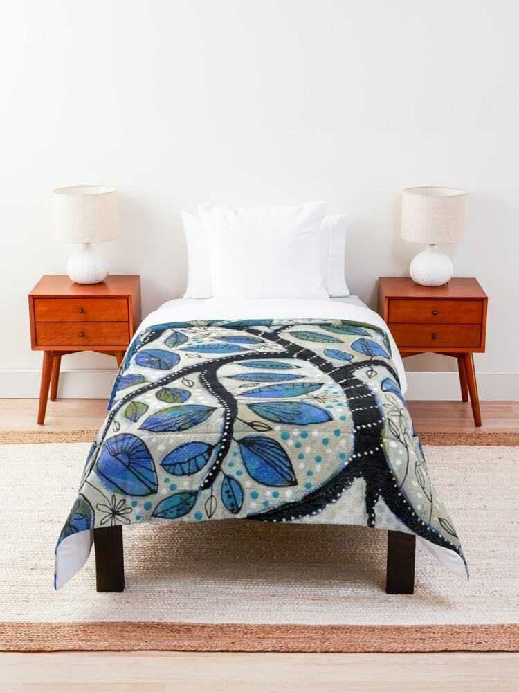 Alternate view of Why We Hope Comforter