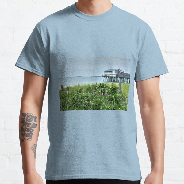 I never promised you a rose garden..... Classic T-Shirt