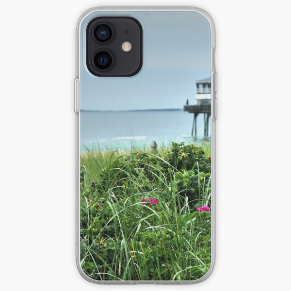 I never promised you a rose garden..... iPhone Soft Case