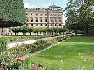 Residenz Gardens by Graeme  Hyde