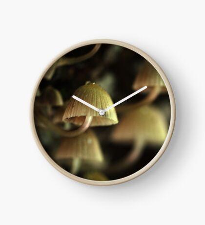 in the dark Clock