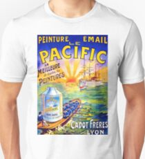Pacific, sailing tourist ship, vintage advertisement, poster T-Shirt