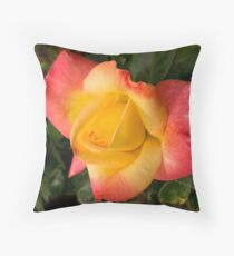 A rose is a rose Throw Pillow