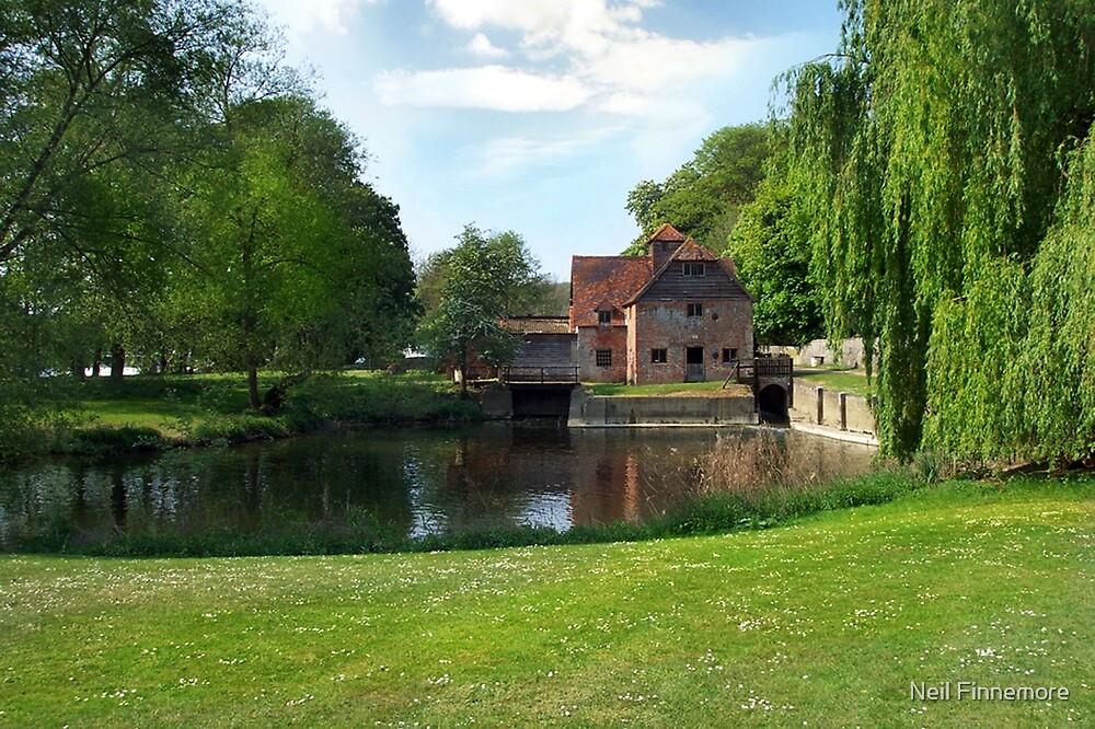 MAPLEDURHAM MILL. Oxfordshire, England by FieryFinn77
