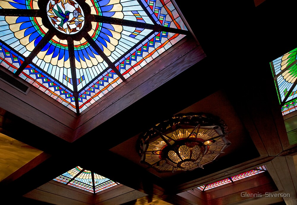 Upward Looking Glass by Glennis  Siverson