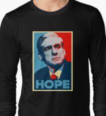 Robert Mueller - HOPE T-Shirt