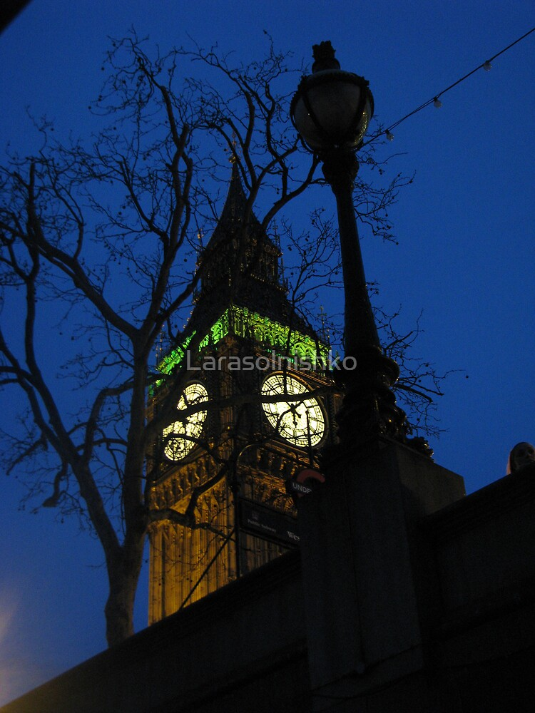 Well known feature in London by Larasolnishko