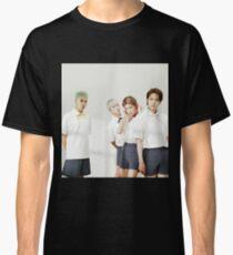 winner 4 Classic T-Shirt