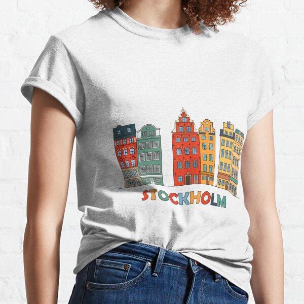 Suecia. Icono de color de hito de viaje con texto. Las casas escandinavas son una de las famosas atracciones arquitectónicas turísticas. Camiseta clásica
