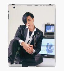 NCT 127 CHERRY BOMB JOHNNY iPad Case/Skin