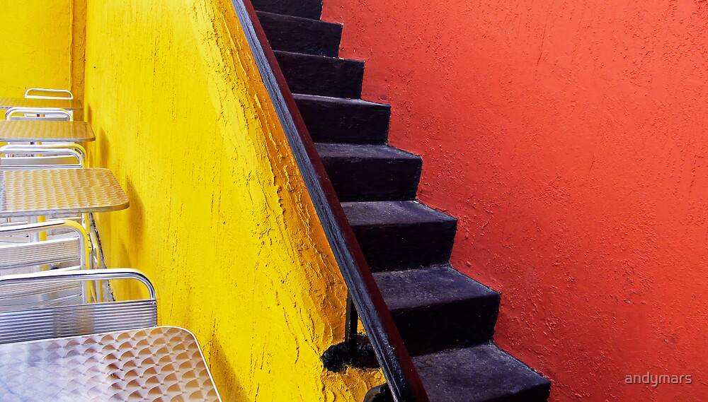 yellow and red wall & tables Florida by andymars