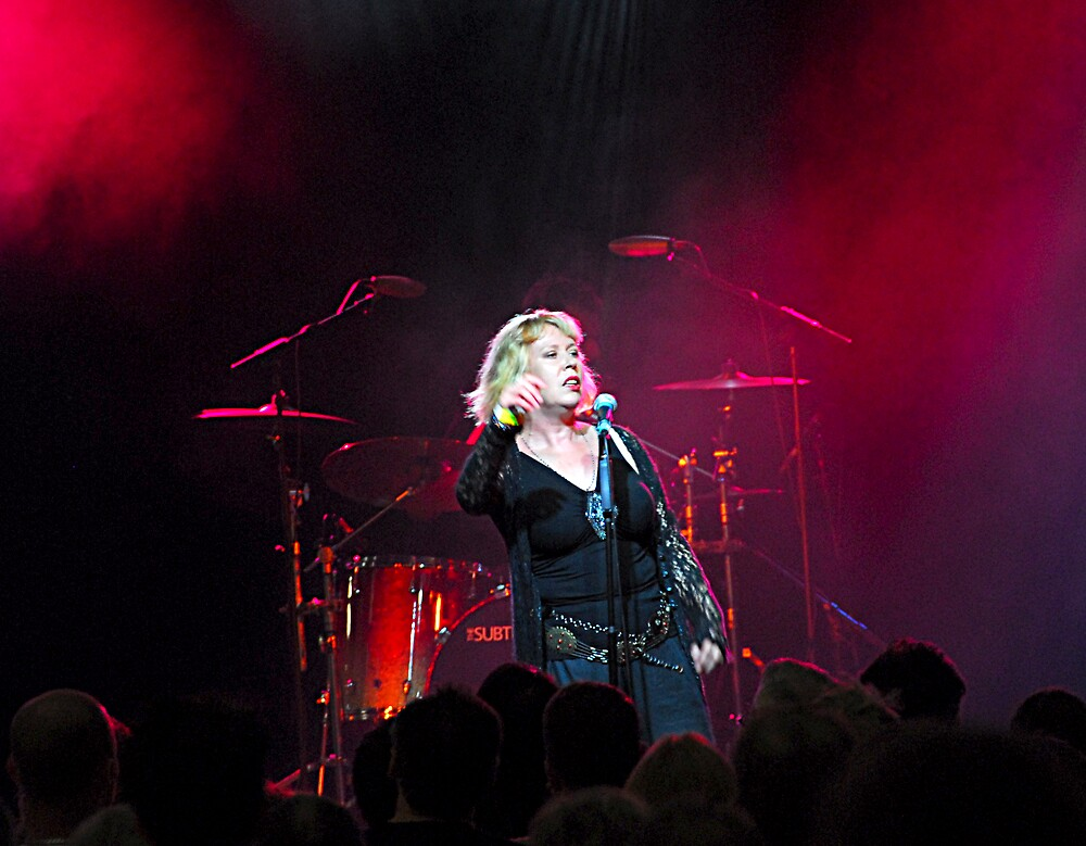 Hazel O'Connor and The Subs by lozzo