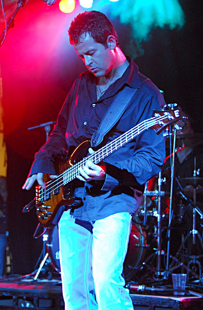 Bass by lozzo